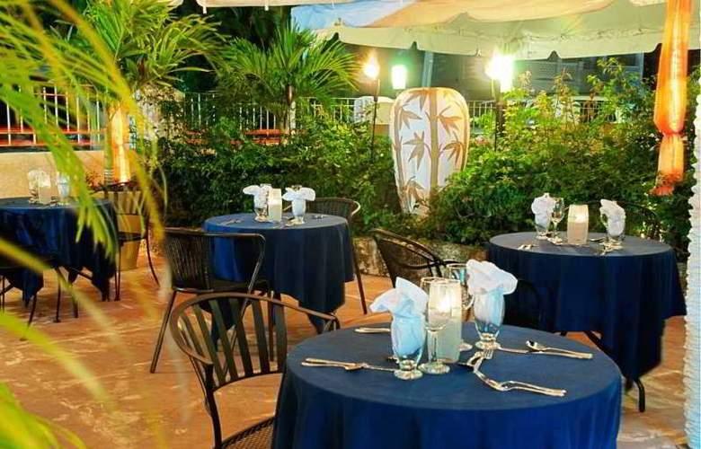 Ocean 15 - Restaurant - 1