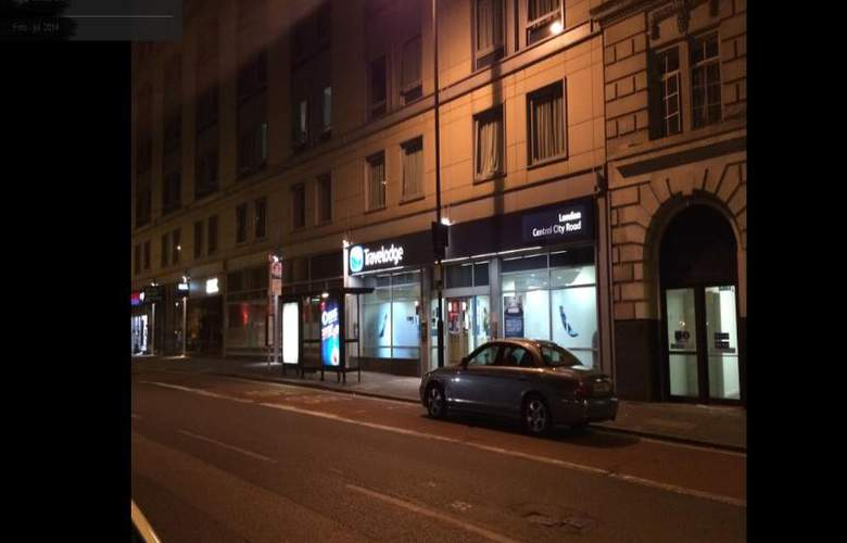 Travelodge London Central City Road - Hotel - 1
