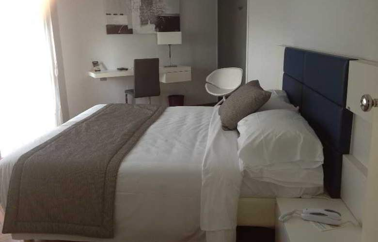 Park Hotel Suisse - Room - 11