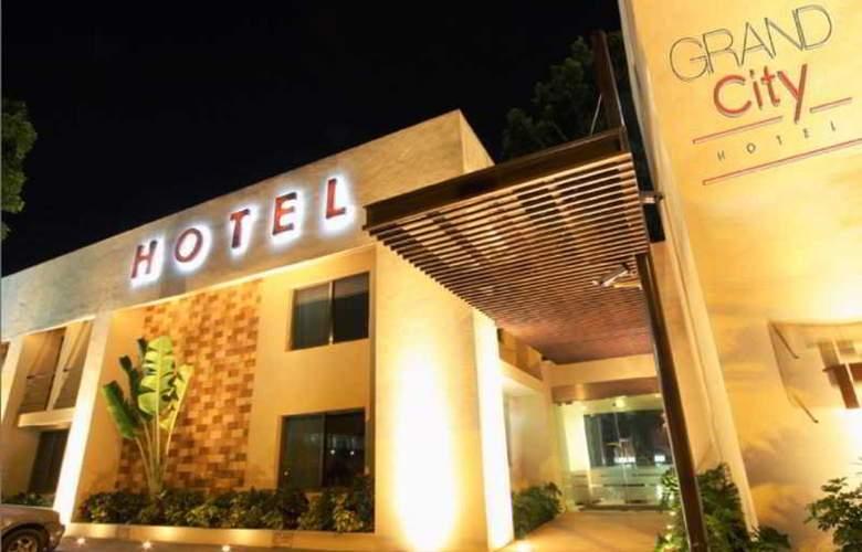 Grand City Hotel - Hotel - 5