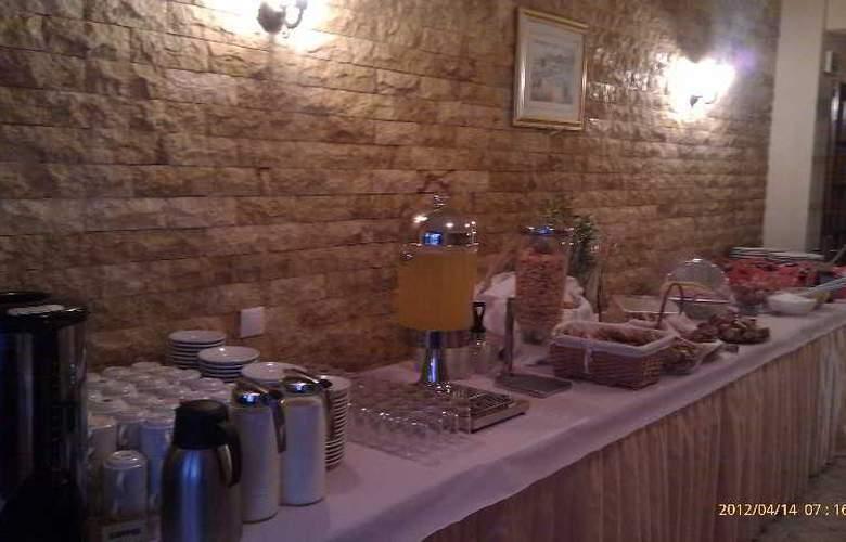 Yannis - Restaurant - 38