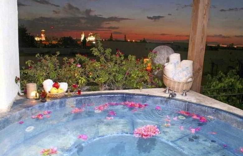 Doña Urraca Hotel & Spa Queretaro - Pool - 7