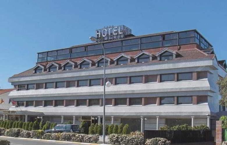 Sierra Real - Hotel - 0