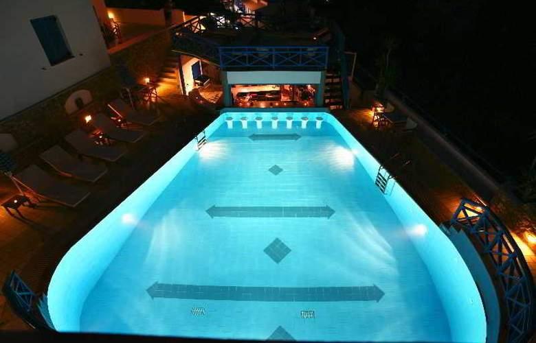 Poseidon (IOS) - Pool - 13