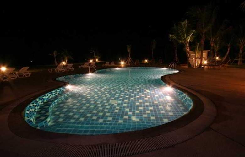 Sai Ngam Beach Resort - Pool - 6
