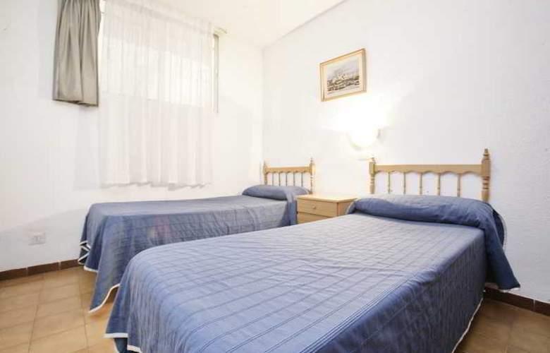 Apartamentos Marina - Room - 3