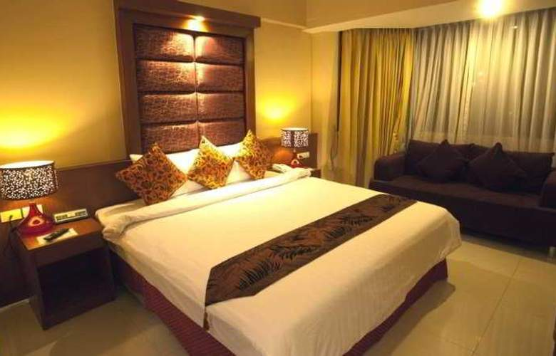 Sun City Hotel Pattaya - Room - 2