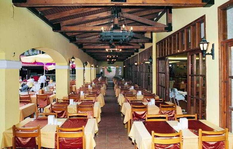 Pigale Beach Resort - Restaurant - 6