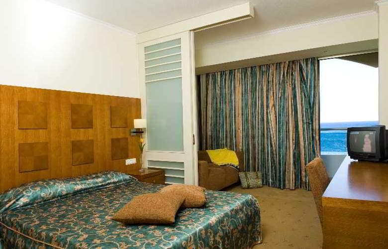 Lutania Beach - Room - 10