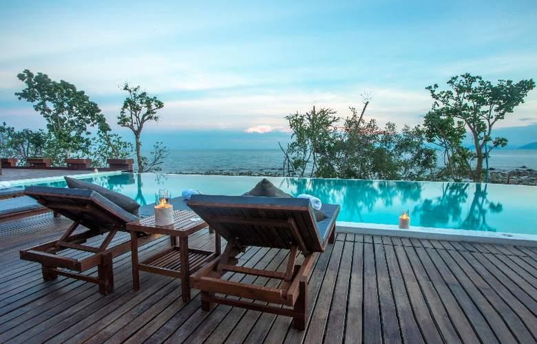 The Treasure Koh Madsum - Pool - 2