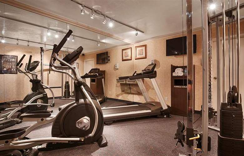 Best Western Plus Innsuites Phoenix Hotel & Suites - Sport - 92