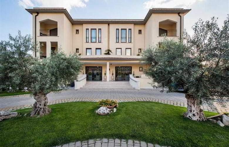 BEST WESTERN PREMIER Villa Fabiano Palace Hotel - Hotel - 37