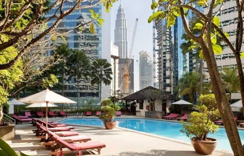 Crowne Plaza Mutiara Kuala Lumpur - Pool - 4