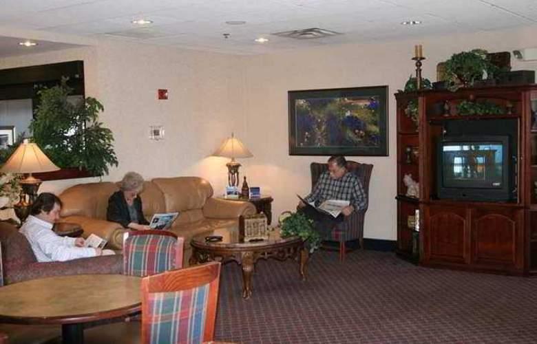 Hampton Inn Corbin - Hotel - 0
