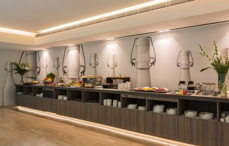 Glance - Restaurant - 13