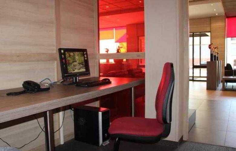 BEST WESTERN PLUS Hotel Casteau Resort Mons - Hotel - 43