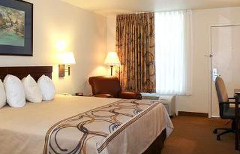 Quality Inn At Town Center - Room - 4