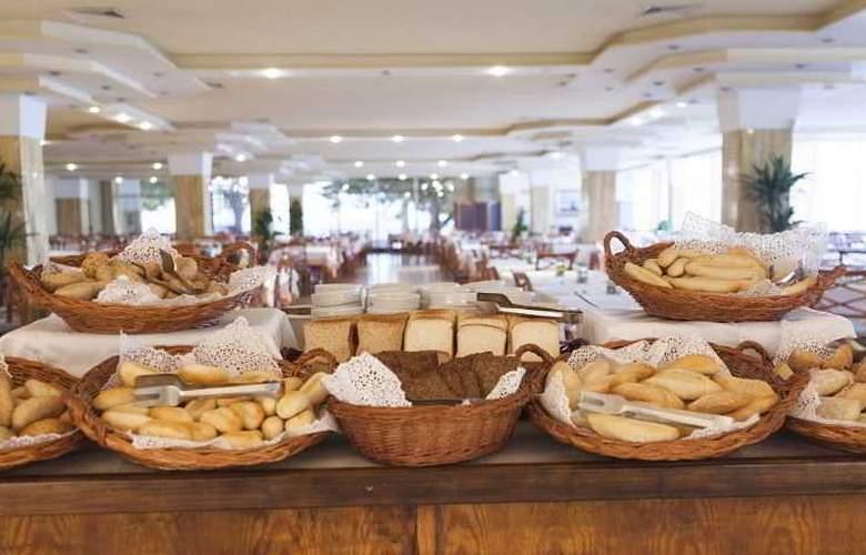 Sirenis Tres Carabelas & SPA - Restaurant - 31