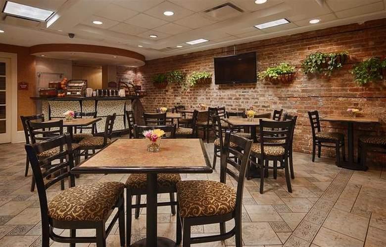 Best Western Plus St. Christopher - Restaurant - 93
