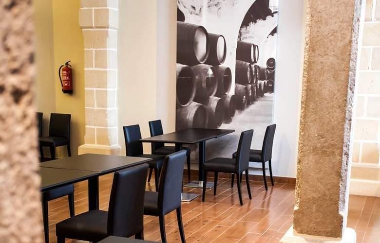 Eurostars Asta Regia - Restaurant - 25
