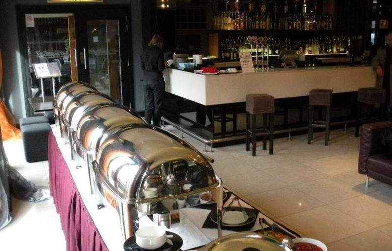 City hotel - Bar - 5
