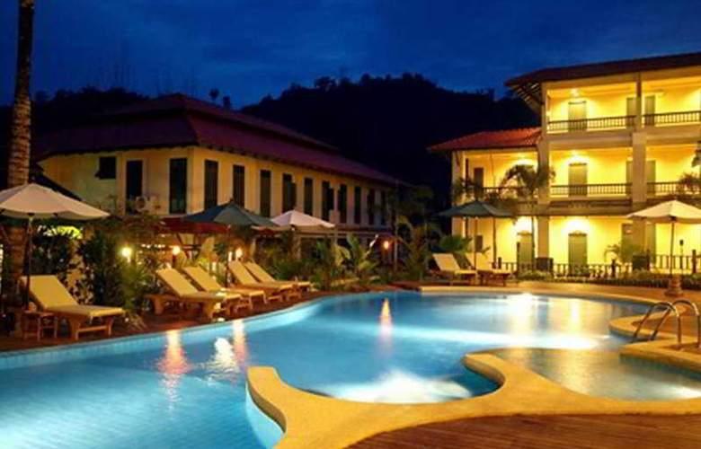 Suwan Palm Resort - Pool - 5