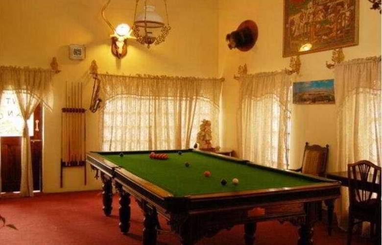 Newtons Manor - Hotel - 0