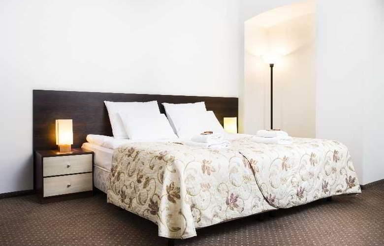 Abella Suites & Apartments - Room - 9
