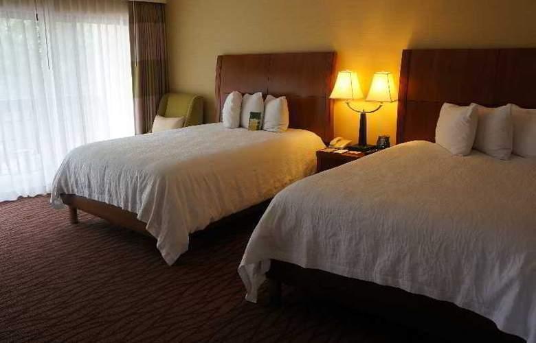 Hilton Garden Inn Monterey - Room - 9