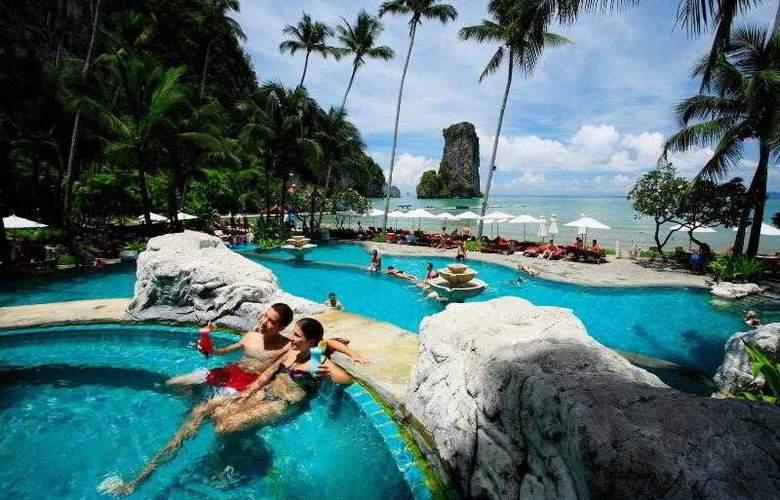 Centara Grand Beach Resort and Villas Krabi - Pool - 41