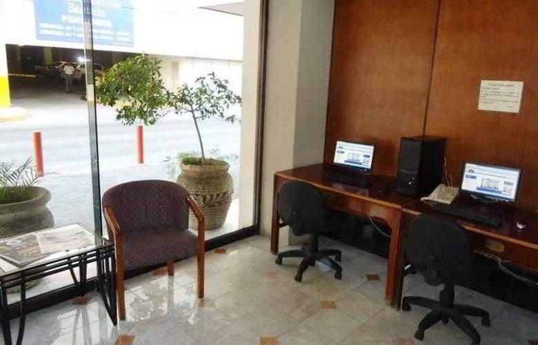Best Western Hotel Santorin - Hotel - 2
