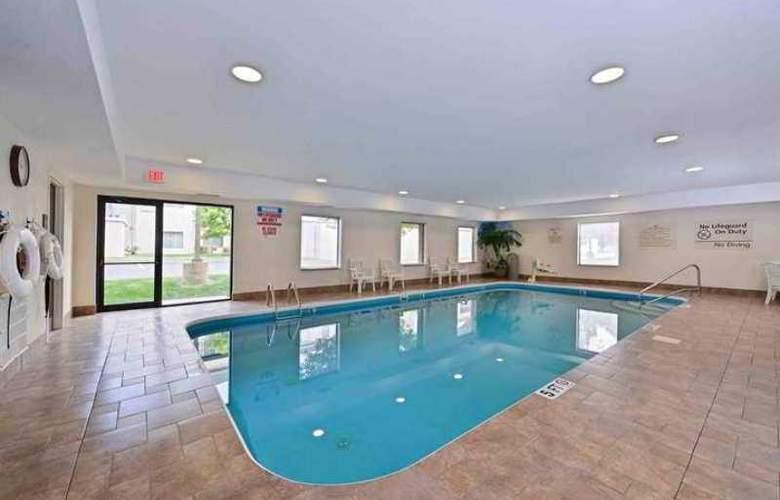 Hampton Inn & Suites Dayton-Vandalia - Hotel - 3