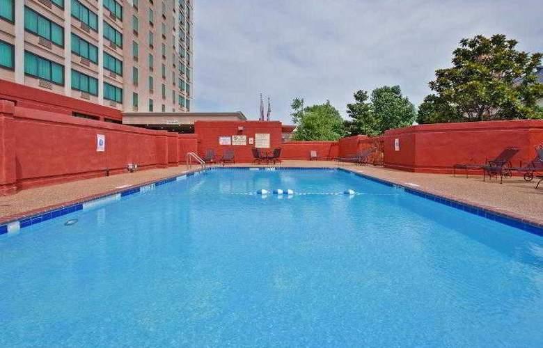 Crowne Plaza Memphis - Pool - 27