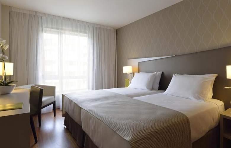 Exe Zaragoza WTC - Room - 5