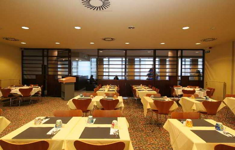 Astrid Centre - Restaurant - 8