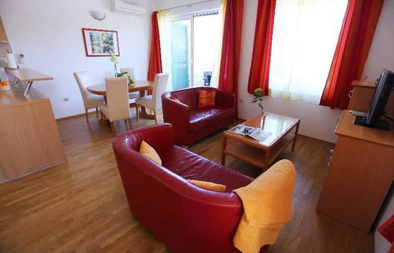 Pervanovo Apartments - Room - 44
