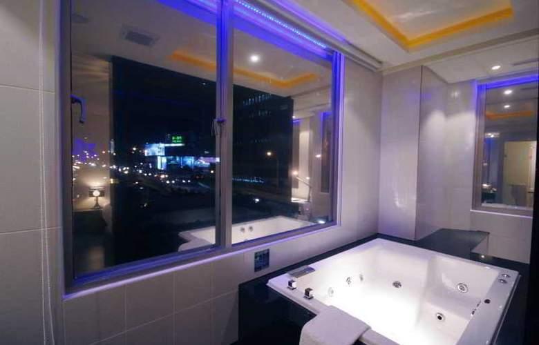 Hotel Eight Zone - Room - 11