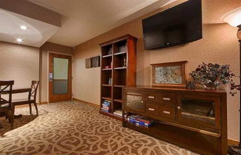 Best Western Town & Country Inn - Hotel - 70