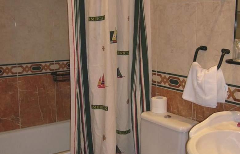 Hotel Restaurante La Casona de Jovellanos - Room - 6