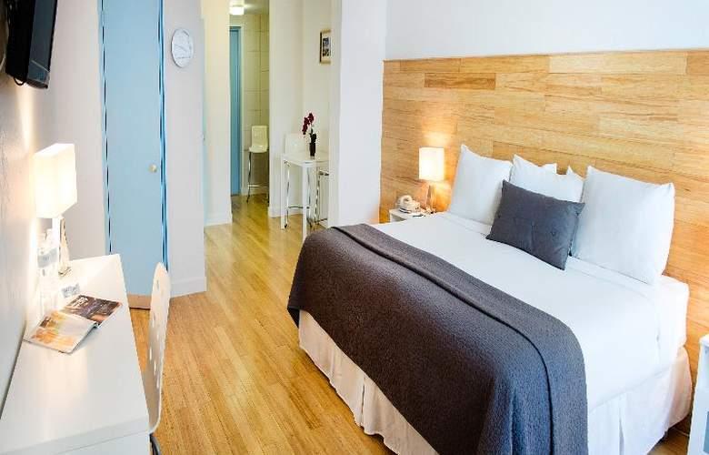 Aqua Hotel - Room - 11