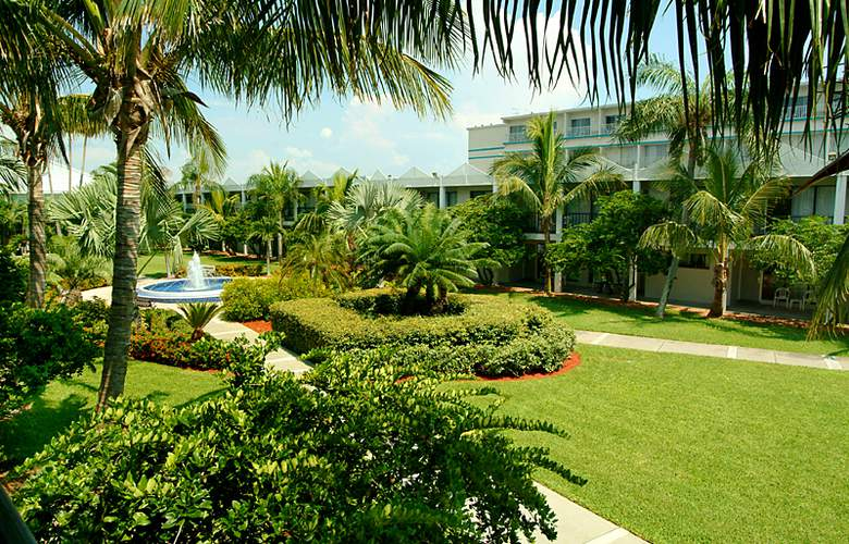The Beachcomber Hotel & Resort - Hotel - 0