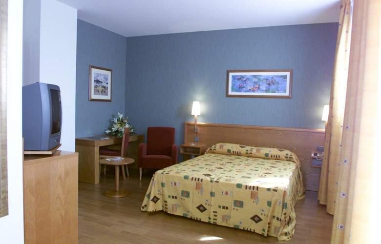 Alaquas - Room - 2