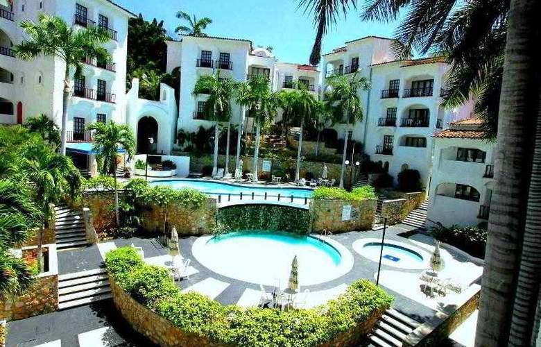 Marina Resort - Pool - 9