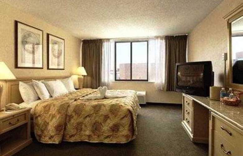 Comfort Inn Downtown Cleveland - Room - 3