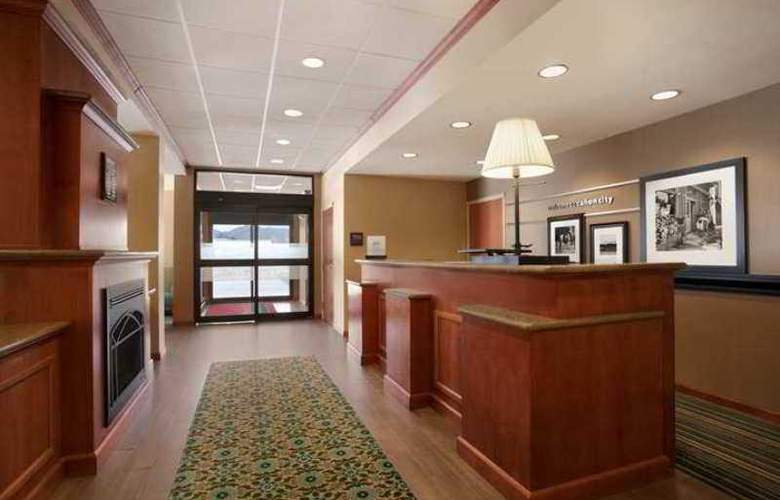 Hampton Inn Canon City - Hotel - 1