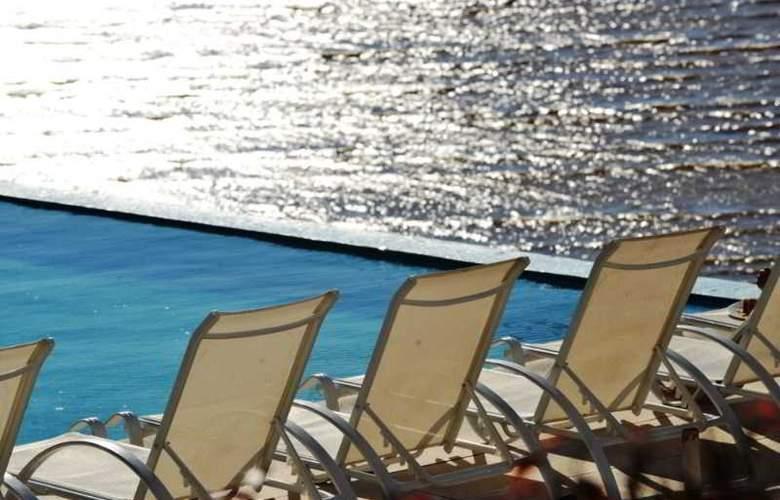 Radisson Colonia del Sacramento Hotel & Casino - Terrace - 59