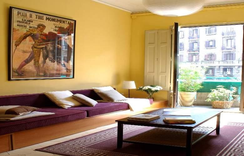 AinB B&B Born-Via Laietana  - Hotel - 4