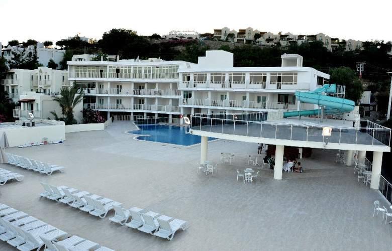 Royal Panacea Hotel - Hotel - 0
