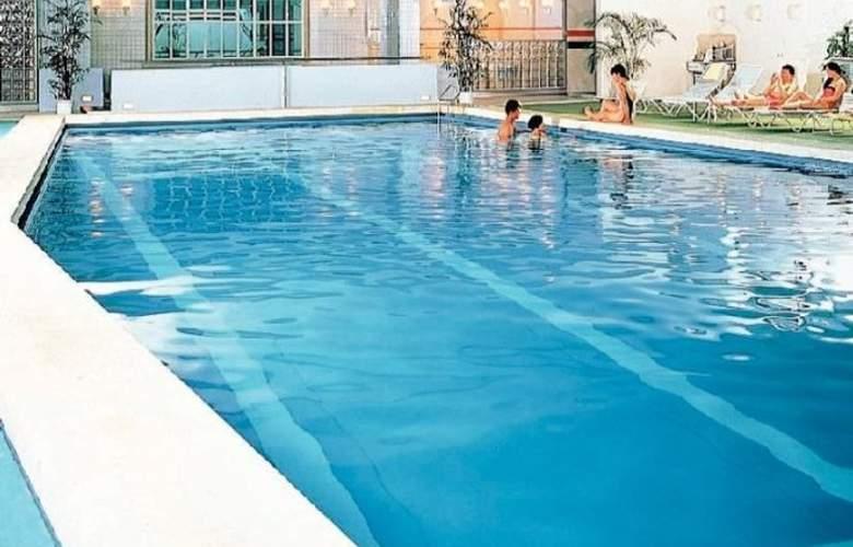 Rihga Royal Hotel Kyoto - Pool - 13
