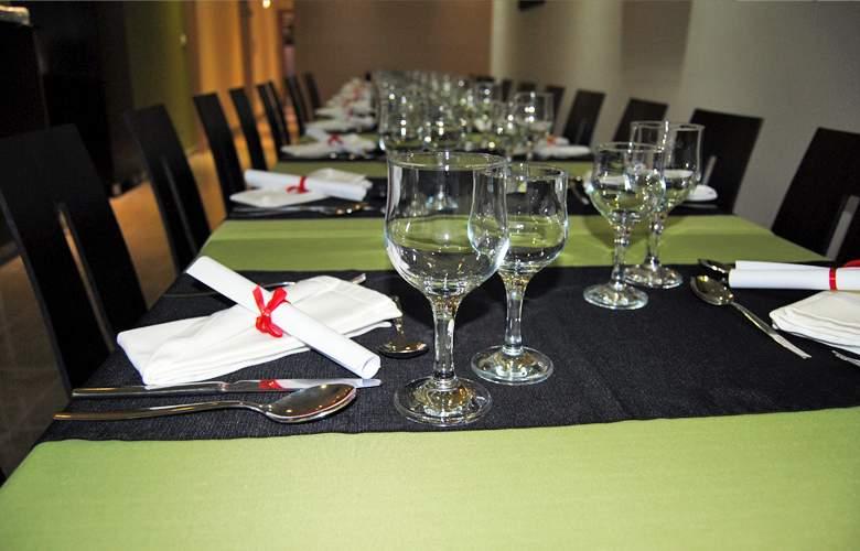 Vale Grande Hotel - Restaurant - 4